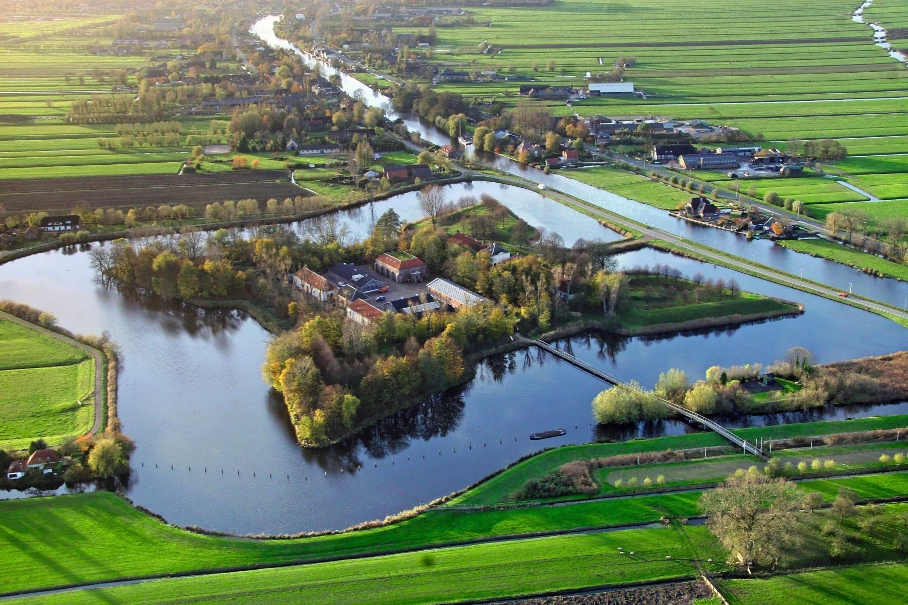 7 Luchtfoto Fort Wierickerschans Bodegraven aangepast