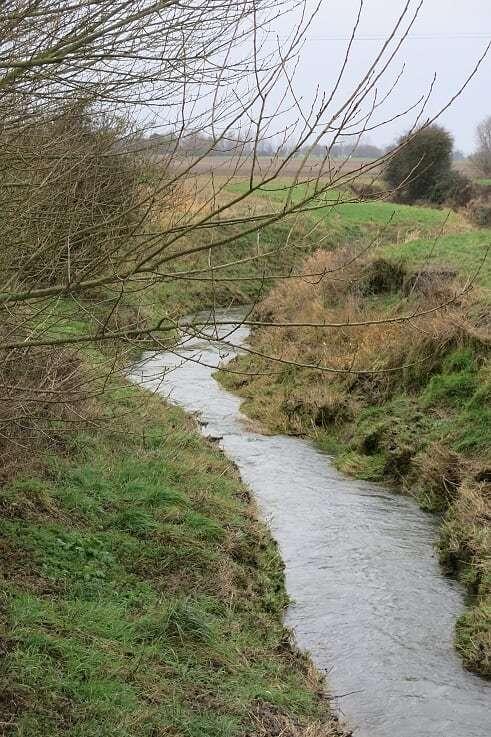 Bij-artikel-V-52-Etappe-3-Erkelsbrugge-IJzer-thv-brugje-andere-kant